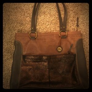 The Sak Black / cooper brown purse